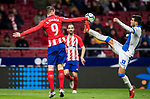 Fernando Torres (L) of Atletico de Madrid vies for the ball with Ezequiel Matias Munoz of CD Leganes during the La Liga 2017-18 match between Atletico de Madrid and CD Leganes at Wanda Metropolitano on February 28 2018 in Madrid, Spain. Photo by Diego Souto / Power Sport Images