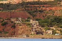 - Island of Elba, old iron mine abandoned on the east coast....- Isola d'Elba, vecchia miniera di ferro abbandonata sulla  costa orientale