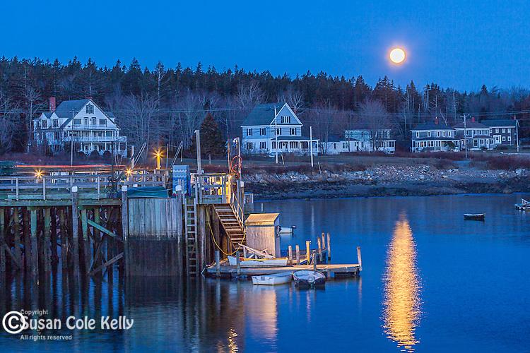 Full moon over Prospect Harbor, Gouldsboro, ME, USA