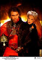 Prod DB © Castel Film / DR<br /> LES ROIS MAUDITS (LES ROIS MAUDITS) serie TV de Josee Dayan 2005 FRA / ITA<br /> avec Philippe Torreton et Jeanne Moreau<br /> d'apres le roman de Maurice Druon