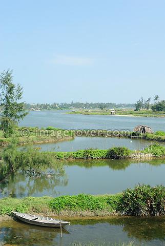 Asia, Vietnam, nr. Hoi An. The scenic Thu Bon River near Hoi An.