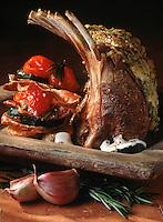 Cuisine/Gastronomie Generale: Carré d'Agneau en croute de parmesan au romarin