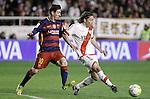 Rayo Vallecano's Manuel Iturra (r) and FC Barcelona's Leo Messi during La Liga match. March 3,2016. (ALTERPHOTOS/Acero)