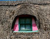 Tom Mackie, LANDSCAPES, LANDSCHAFTEN, PAISAJES, FOTO, photos,+6x7, Eire, EU, Europa, Europe, European, horizontal, horizontally, horizontals, Ireland, Irish, medium format, pink, thatch,+thatched roof, window, windows,6x7, Eire, EU, Europa, Europe, European, horizontal, horizontally, horizontals, Ireland, Irish+medium format, pink, thatch, thatched roof, window, windows++,GBTM030274-2,#L#, EVERYDAY ,Ireland