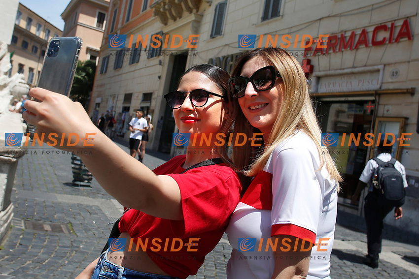 Turkish supporters visiting Rome before the first Euro 2020 match, AS Roma - Turkey.<br /> Rome (Italy), June 11th 2021<br /> Photo Samantha Zucchi Insidefoto