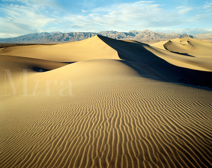 USA, California, Death Valley National Monument. View of Mesquite Flat Dune