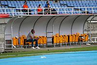 PEREIRA - COLOMBIA, 19-09-2020: Agustin Julio del Santa Fe durante el partido por la fecha 9 de la Liga BetPlay DIMAYOR 2020 entre Deportivo Pereira e Independiente Santa Fe jugado en el estadio Hernán Ramírez Villegas de la ciudad de Pereira. / Agustin Julio of Santa Fe during a match for the date 9 as part of BetPlay DIMAYOR League 2020 between Deportivo Pereira and Independiente Santa Fe played at the Hernan Ramirez Villegas stadium in Pereira city.  Photo: VizzorImage/ Jonh Jairo Bonilla / Cont