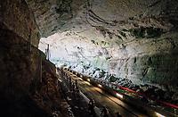 peloton rolling through a spectacular huge/dark cave: the 'Grotte du Mas-d'Azil'<br /> <br /> Stage 16: Carcassonne > Bagnères-de-Luchon (218km)<br /> <br /> 105th Tour de France 2018<br /> ©kramon