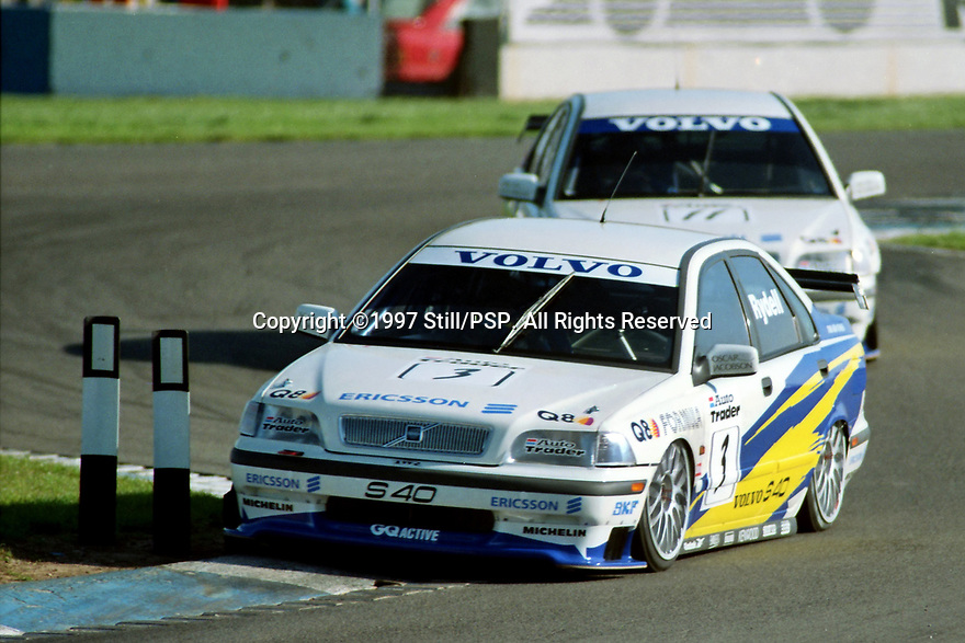1997 British Touring Car Championship. #3 Rickard Rydell (SWE). & #11 Kelvin Burt (GBR). Volvo S40 Racing. Volvo S40.