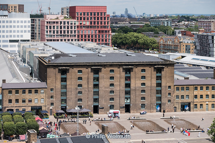 Granary Square and the University of the Arts London (UAL). Redevelopment in progress on the former King's Cross Goods Yard.
