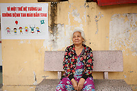 Portraits et photo de rue au marche<br /> ( et dans les environs)<br /> <br /> Street portraits and street photography in and around market<br /> <br /> Dec. 4, 2019, Nha Trang, Vietnam