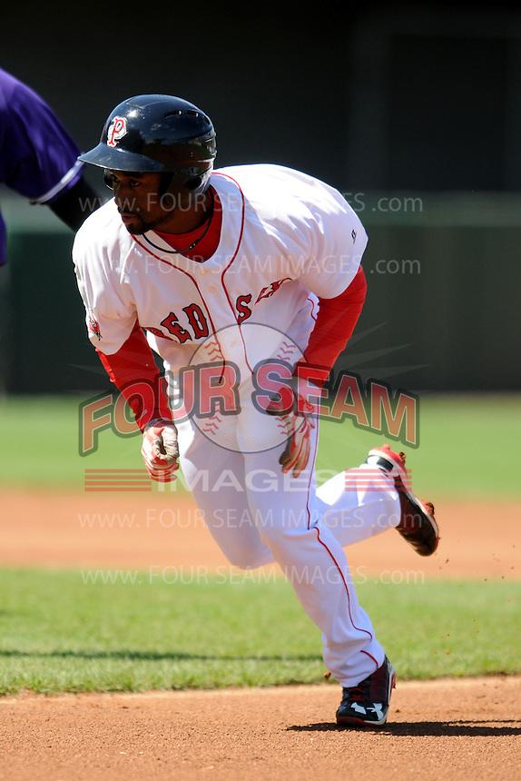 Pawtucket Red Sox designated hitter Jackie Bradley Jr. #19 during a game versus the Louisville Bats at McCoy Stadium in Pawtucket, Rhode Island on August 14, 2013.  (Ken Babbitt/Four Seam Images)