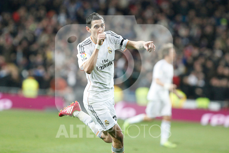 Real Madrid´s Di Maria celebrates a goal during King´s Cup (Copa del Rey) semifinal match in Santiago Bernabeu stadium in Madrid, Spain. February 05, 2014. (ALTERPHOTOS/Victor Blanco)