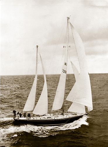 'Sayula II' skippered by Ramon Carlin, returning to Portsmouth to win the first Whitbread Round the World Yacht Race