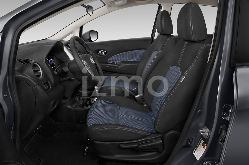 Front seat view of a 2019 Nissan Versa-Note SV 5 Door Hatchback front seat car photos