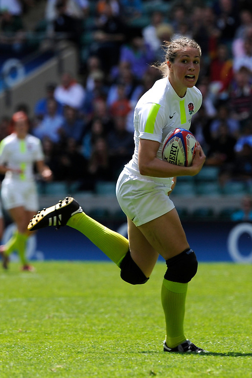 Emily Scarratt of England in action during the iRB Marriott London Sevens at Twickenham on Sunday 13th May 2012 (Photo by Rob Munro)