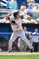 Mahoning Valley Scrappers third baseman Yonathan Mendoza (10) at bat during a game against the Batavia Muckdogs on August 24, 2014 at Dwyer Stadium in Batavia, New York.  Mahoning Valley defeated Batavia 7-6.  (Mike Janes/Four Seam Images)