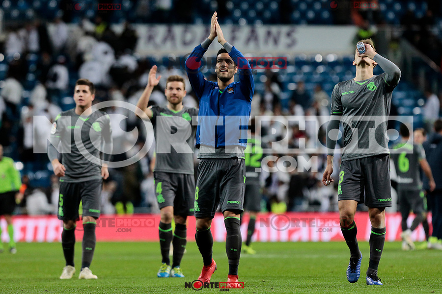 Real Sociedad's Mikel Merino (L) and Diego Javier Llorente (R) celebrate the victory during La Liga match between Real Madrid and Real Sociedad at Santiago Bernabeu Stadium in Madrid, Spain. January 06, 2019. (ALTERPHOTOS/A. Perez Meca)<br />  (ALTERPHOTOS/A. Perez Meca) /NortePhoto.com