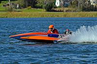 Bob Austin (33-J) (runabout)....Stock  Outboard Winter Nationals, Ocoee, Florida, USA.13/14 March, 2010 © F.Peirce Williams 2010