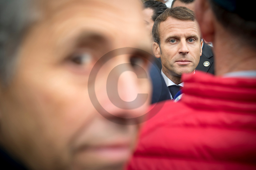 4/10/19 - COURNON - PUY DE DOME - FRANCE - Emmanuel MACRON, President de la Republique Francaise en deplacement lors du 28e Sommet de l Elevage - Photo Jerome CHABANNE