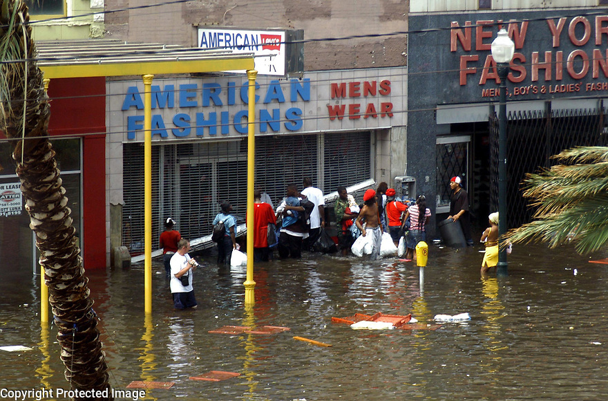 Looters on canal
