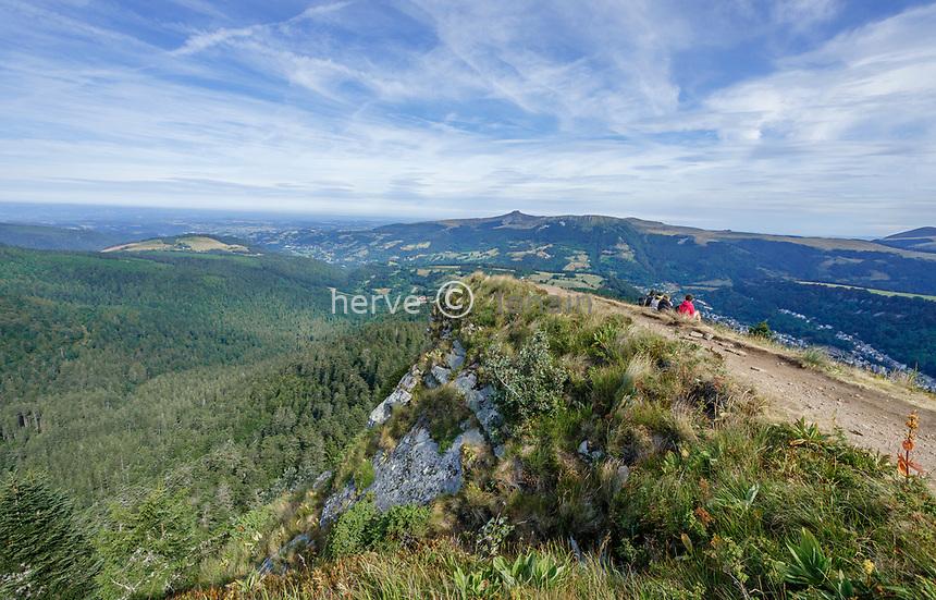 France, Puy de Dome, Volcans d'Auvergne Regional Natural Park, Mont Dore, summit of Le Capucin // France, Puy-de-Dôme (63), Parc naturel régional des volcans d'Auvergne, Mont-Dore, sommet du Capucin