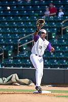 Winston-Salem Dash first baseman Keon Barnum (20) stretches for a throw during the game against the Wilmington Blue Rocks at BB&T Ballpark on July 6, 2014 in Winston-Salem, North Carolina.  The Dash defeated the Blue Rocks 7-1.   (Brian Westerholt/Four Seam Images)