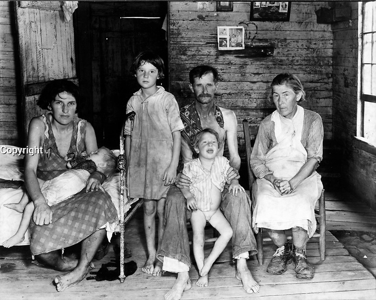 1935-36 File Photo -<br /> <br /> Poor Sharecropper, family in Hale County, Alabama