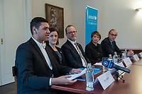 UNICEF-Neujahrsgespraech mit Schirmherrin Elke Buedenbender (2.vr.) am Dienstag den 29. Januar 2019 im Schloss Bellevue.<br /> Teilnehmerinnen und Teilnehmer:<br /> Elke Buedenbender, Schirmherrin UNICEF Deutschland; Georg Graf Waldersee, Vorsitzender UNICEF Deutschland (1.vr.); Ted Chaiban, Programmdirektor UNICEF International (Mitte) und Jess Mukeba (16), Gymnasiast aus Offenburg, Mitglied des UNICEF Junior-Beirats (1.vl.). 2.vl.: Ninja Charbonneau (Pressesprecherin UNICEF).<br /> 29.1.2019, Berlin<br /> Copyright: Christian-Ditsch.de<br /> [Inhaltsveraendernde Manipulation des Fotos nur nach ausdruecklicher Genehmigung des Fotografen. Vereinbarungen ueber Abtretung von Persoenlichkeitsrechten/Model Release der abgebildeten Person/Personen liegen nicht vor. NO MODEL RELEASE! Nur fuer Redaktionelle Zwecke. Don't publish without copyright Christian-Ditsch.de, Veroeffentlichung nur mit Fotografennennung, sowie gegen Honorar, MwSt. und Beleg. Konto: I N G - D i B a, IBAN DE58500105175400192269, BIC INGDDEFFXXX, Kontakt: post@christian-ditsch.de<br /> Bei der Bearbeitung der Dateiinformationen darf die Urheberkennzeichnung in den EXIF- und  IPTC-Daten nicht entfernt werden, diese sind in digitalen Medien nach §95c UrhG rechtlich geschuetzt. Der Urhebervermerk wird gemaess §13 UrhG verlangt.]
