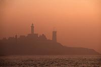 Europe/France/Bretagne/29/Finistère/Pointe Saint-Mathieu: Le phare à l'aube