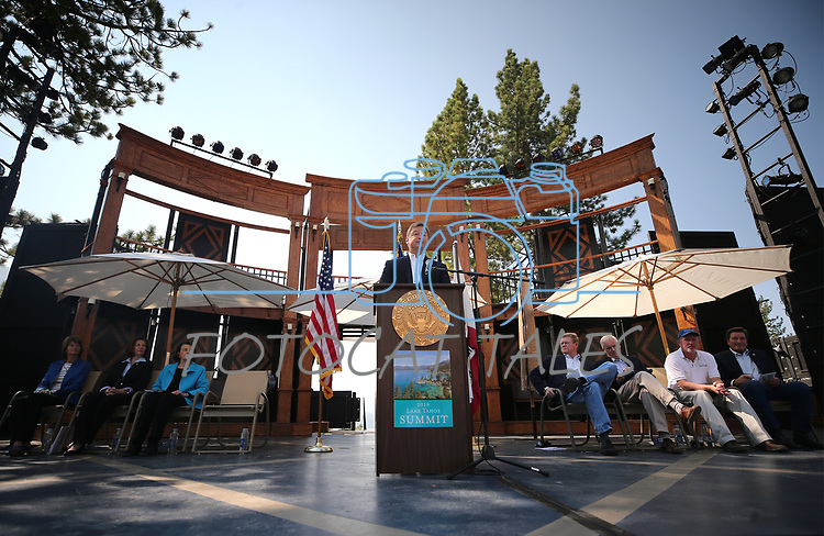 U.S. Sen. Dean Heller hosts the 22nd annual Lake Tahoe Summit, at Sand Harbor State Park, near Incline Village, Nev., on Tuesday, Aug. 7, 2018. <br /> Photo by Cathleen Allison/Nevada Momentum
