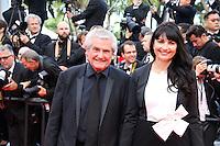 Claude Lelouch et Valerie - CANNES 2016 - MONTEE DES MARCHES DU FILM 'MONEY MONSTER'