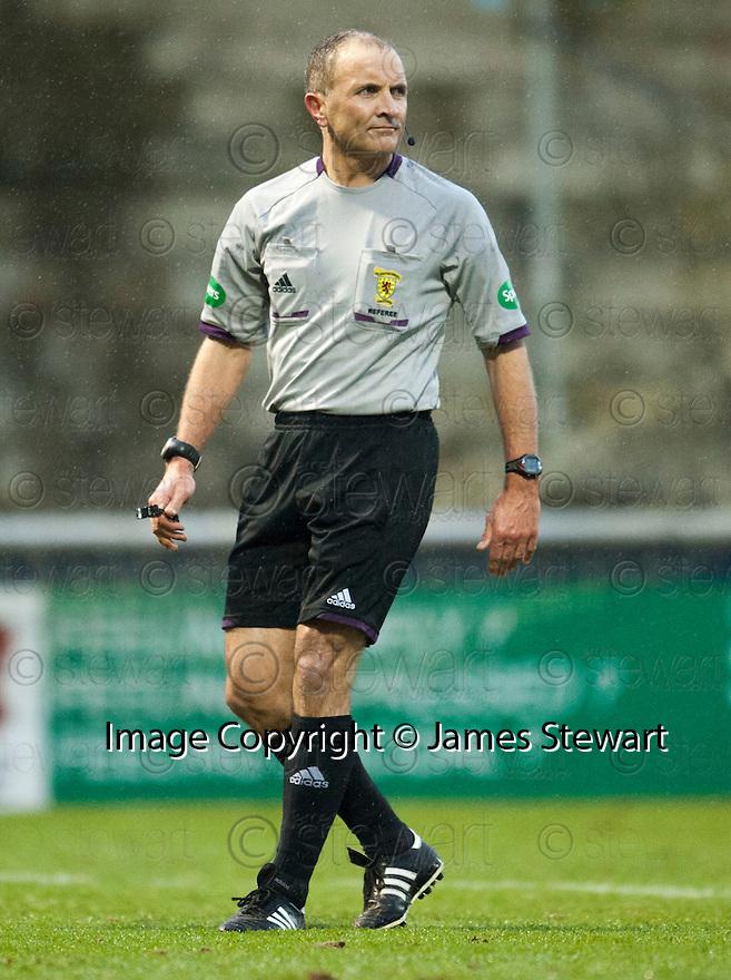 Referee George Salmond.