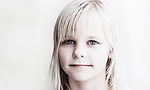 Maedchen, Hartz IV, Bochum<br /> <br /> *** HighRes auf Anfrage *** Voe nur nach Ruecksprache mit dem Fotografen *** Sonderhonorar ***<br /> <br /> Engl.: Europe, Germany, Bochum, unemployment benefit, Hartz IV, unemployed, unemployment, poverty, poor, social benefits, girl, child, portrait, 20 June 2012<br /> <br /> ***Highres on request***publication only after consultation with the photographer***special fee***