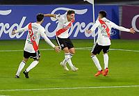 BUENOS AIRES - ARGENTINA, 19-05-2021: Jugadores de River Plate (ARG), celebran el gol anotado a Independiente Santa Fe (COL) durante partido del grupo D de la fase de grupos fecha 5 entre River Plate (ARG) y el Independiente Santa Fe (COL) por la Copa CONMEBOL Libertadores 2021 en el estadio Monumental Antonio Vespucio Liberti de la ciudad de Buenos Aires. / Players of River Plate (ARG), celebrate the goal scoring to Independiente Santa Fe (COL) during a match of the group D for the group phase, 5th date between between River Plate (ARG) and Independiente Santa Fe (COL) for the Copa CONMEBOL Libertadores 2021 at the Monumental Antonio Vespucio Liberti Stadium in Buenos Aires city. / Photo: VizzorImage / Fotobaires / Javier Gonzalez Toledo / Cont.