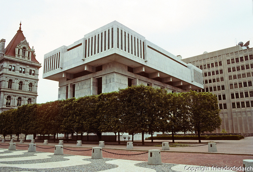 Albany: Justice Building, Empire State Plaza. Photo '88.