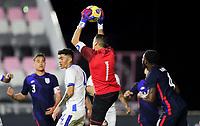FORT LAUDERDALE, FL - DECEMBER 09: Henry Hernandez #1 of El Salvador leaps for a save during a game between El Salvador and USMNT at Inter Miami CF Stadium on December 09, 2020 in Fort Lauderdale, Florida.
