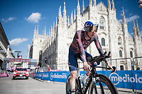 Dan Martin (IRE/Israel Start-Up Nation) finishing in front of the mighty Duomo in Milano<br /> <br /> 104th Giro d'Italia 2021 (2.UWT)<br /> Stage 21 (final ITT) from Senago to Milan (30.3km)<br /> <br /> ©kramon
