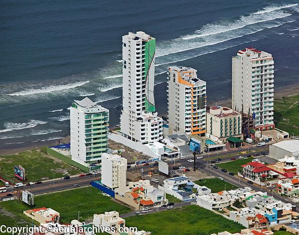aerial photograph of condominiums at the Costa del Oro, Gulf Coast, Veracruz, Mexico,; fotografía aérea de condominios Veracruz, México