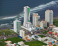 aerial photograph of condominiums at the Costa del Oro, Gulf Coast, Veracruz, Mexico,; fotografía aérea de condominios Veracruz, México