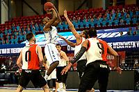 31-03-2021: Basketbal: Donar Groningen v ZZ Feyenoord: Groningen , Donar speler Justin Watts legt aan voor een schot