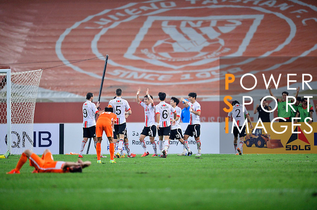 Shandong Luneng FC (CHN) vs FC Seoul (KOR) during their AFC Champions League 2016 Quarter Final match at Jinan Olympic Sports Centre on Wednesday, 14 September 2016, in Jinan, China. Photo by Marcio Machado / Power Sport Images
