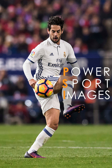 Isco of Real Madrid in action during their La Liga match between Atletico de Madrid and Real Madrid at the Vicente Calderón Stadium on 19 November 2016 in Madrid, Spain. Photo by Diego Gonzalez Souto / Power Sport Images