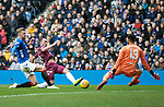 Rangers v St Johnstone…16.02.19…   Ibrox    SPFL<br />Chris Kane shoots straight at Wes Foderingham<br />Picture by Graeme Hart. <br />Copyright Perthshire Picture Agency<br />Tel: 01738 623350  Mobile: 07990 594431