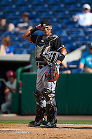 Jupiter Hammerheads catcher Rodrigo Vigil (7) during the first game of a doubleheader against the Clearwater Threshers on July 25, 2015 at Bright House Field in Clearwater, Florida.  Jupiter defeated Clearwater 8-5.  (Mike Janes/Four Seam Images)