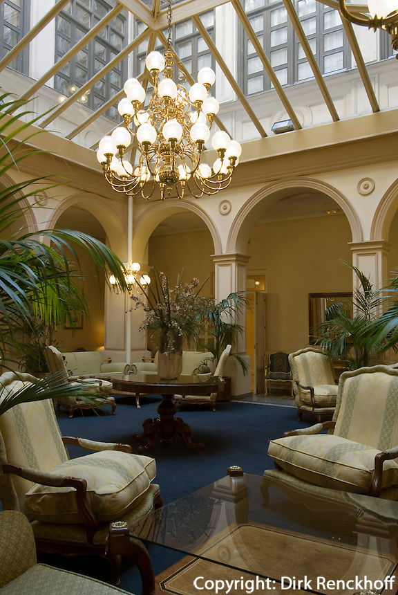 Spanien, im Hotel Tryp Ambassador in Madrid, Cuesta de Santo Domingo 5/7