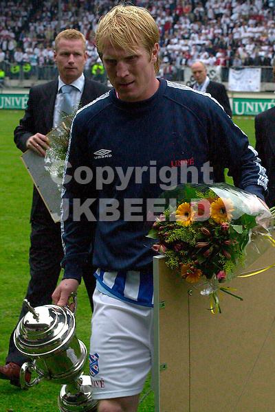 Heerenveen - AZ Holland Casino Eredivisie seizoen 2003-2004 09-05-2004 petter hansson speler van het jaar