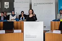 """Bundeskonferenz der """"Jungen Islam Konferenz"""" (JIK) vom 24. bis 26. Maerz 2017 in Berlin.<br /> Ca. 50 Junge Menschen verschiedener Religionen trafen sich zu der Bundeskonferenz im Deutschen Bundestag.<br /> Am Eroeffnungstag sprach die Staatsministerin fuer Integration, Aydan Oezoguz (SPD) zu den Konferenz-Teilnehmern.<br /> Im Bild: Tina Prasch, Leiterin der JIK.<br /> 24.3.2017, Berlin<br /> Copyright: Christian-Ditsch.de<br /> [Inhaltsveraendernde Manipulation des Fotos nur nach ausdruecklicher Genehmigung des Fotografen. Vereinbarungen ueber Abtretung von Persoenlichkeitsrechten/Model Release der abgebildeten Person/Personen liegen nicht vor. NO MODEL RELEASE! Nur fuer Redaktionelle Zwecke. Don't publish without copyright Christian-Ditsch.de, Veroeffentlichung nur mit Fotografennennung, sowie gegen Honorar, MwSt. und Beleg. Konto: I N G - D i B a, IBAN DE58500105175400192269, BIC INGDDEFFXXX, Kontakt: post@christian-ditsch.de<br /> Bei der Bearbeitung der Dateiinformationen darf die Urheberkennzeichnung in den EXIF- und  IPTC-Daten nicht entfernt werden, diese sind in digitalen Medien nach §95c UrhG rechtlich geschuetzt. Der Urhebervermerk wird gemaess §13 UrhG verlangt.]"""