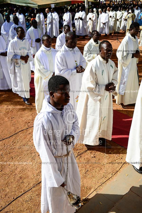 BURKINA FASO , Koudougou, catholic cathedral, holy mass on sunday / Kathedrale, heilige Messe am Sonntag