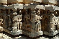 Indien, Udaipur (Rajasthan), im Jagdish Tempel 17. Jh